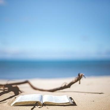 Verschiedene Buchempfehlungen: Bücher von Anthony William und andere